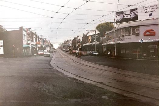 Kew Junction Looking West along High Street, 1995. Photo Source - Stuart West